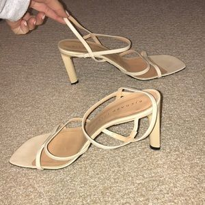 Richard Tyler Couture Shoes - Richard Tyler Couture heels size 7.5